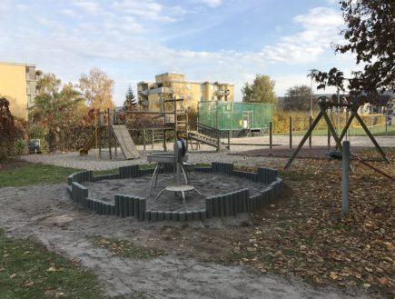 Sandeinfassung für Wasserspielanlage